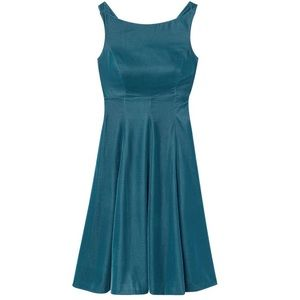 Gal Meets Glam Dresses - $210 NWT Gal Meets Glam Christine Velvet Dress